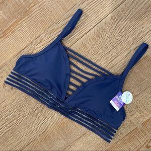 Victoria's Secret PINK ULTIMATE sports bra